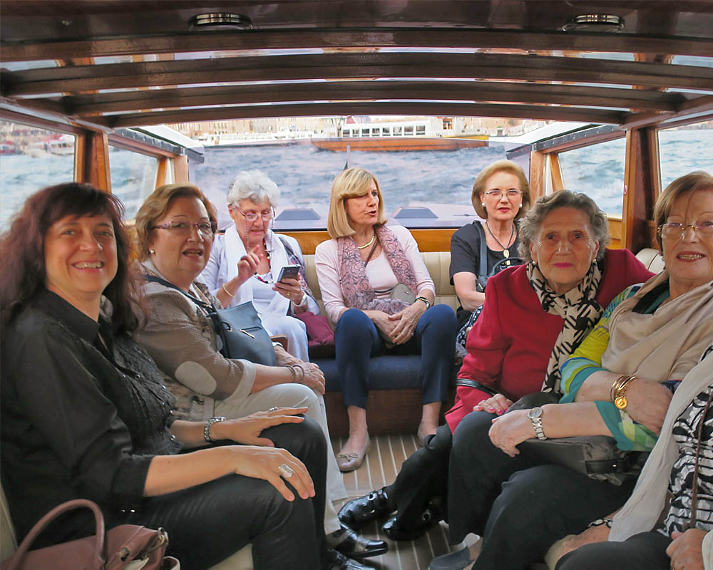 Viatges en grup, Viatge musical a Venècia, passeig amb taxi aquàtic pels canals, viatge cultural, Mitic Viatges