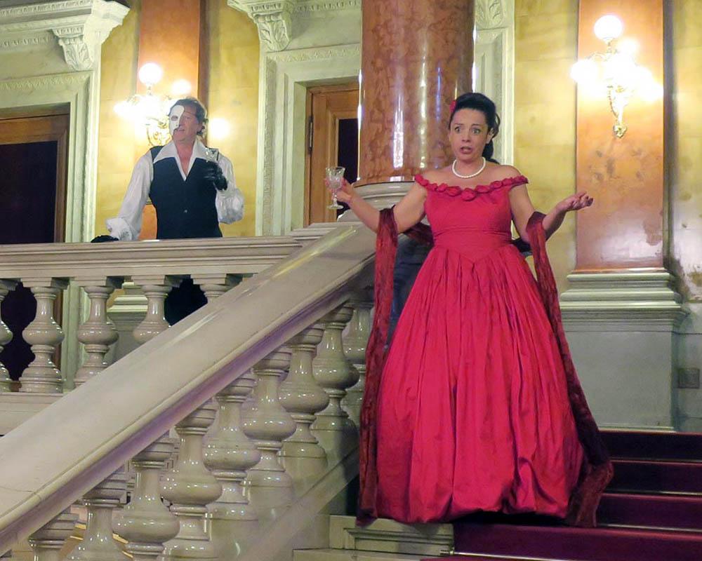 Viatges en grup, Opera Budapest, sorpresa brindis Traviata, Música, Cultura, Mitic Viatges