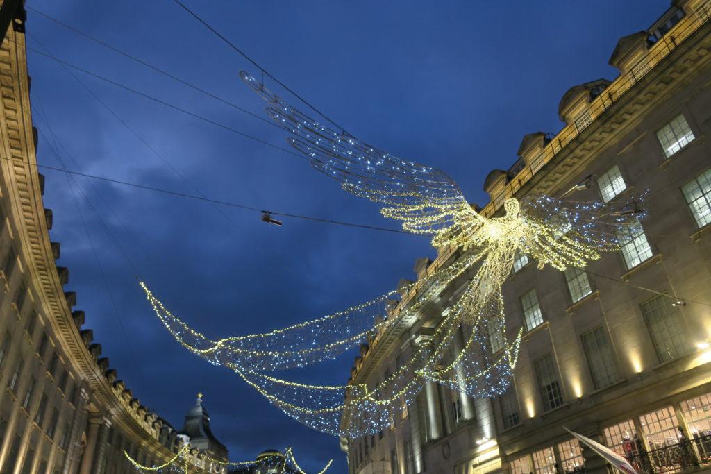 El centre de Londres amb la decoració nadalenca