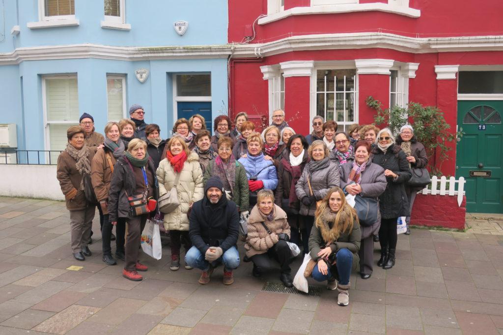 El grup de Mitic Viatges acompanyats de David Revelles a Londres